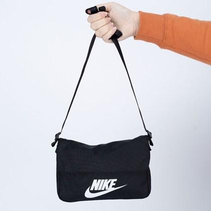 Bolsa Nike Transversal Revel Crossbody Black White CW9300-010