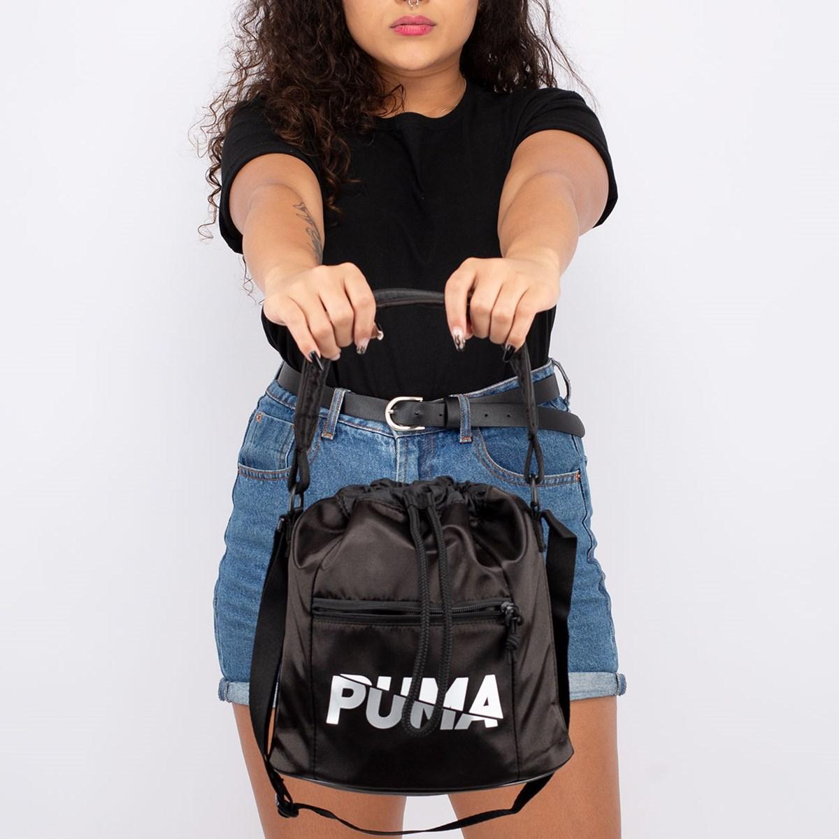 Bolsa Puma Core Base Bucket Black 077375-01