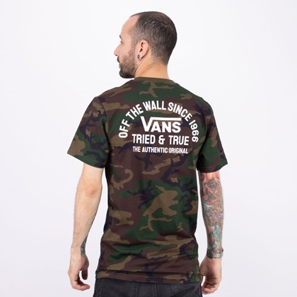 Camiseta Vans Authentic Og SS Camo VN0A4ROACMA