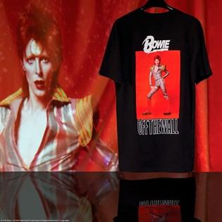 Camiseta Vans David Bowie Manga Curta Ziggy Stardustt SS Black VN0A3WCPBLK