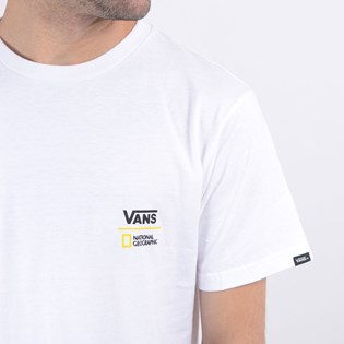 Camiseta Vans Masculina National Geographic Globe SS White VN0A4MSHWHT
