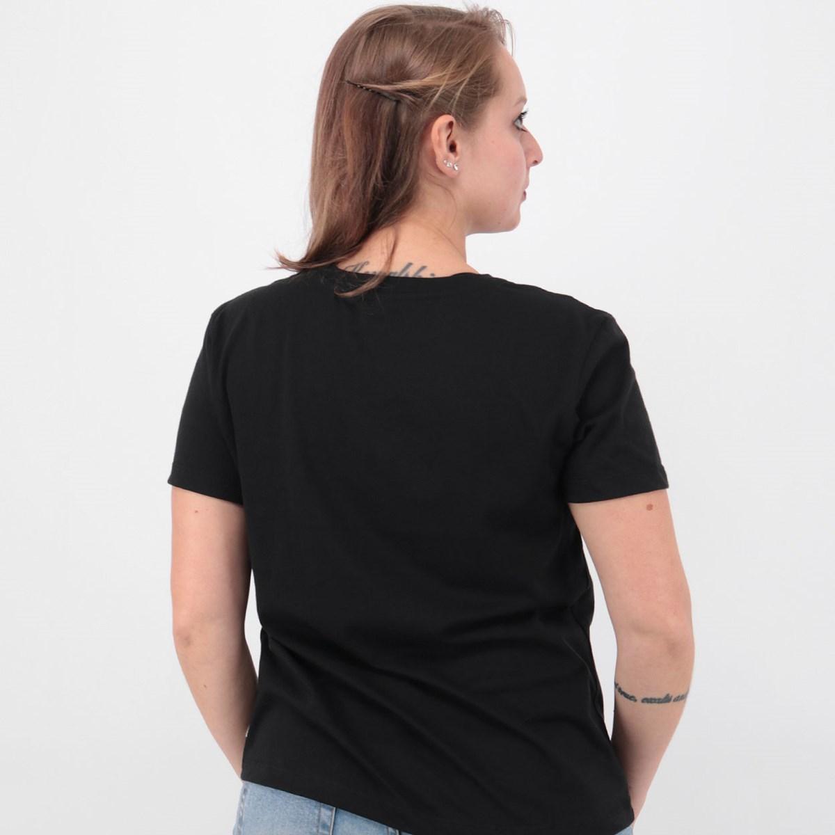 Camiseta Vans Nine V Black VN0A4SDVBLK