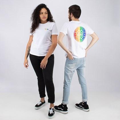 Camiseta Vans Pride Collection Prism Crew II White VN0A5EUQWHT