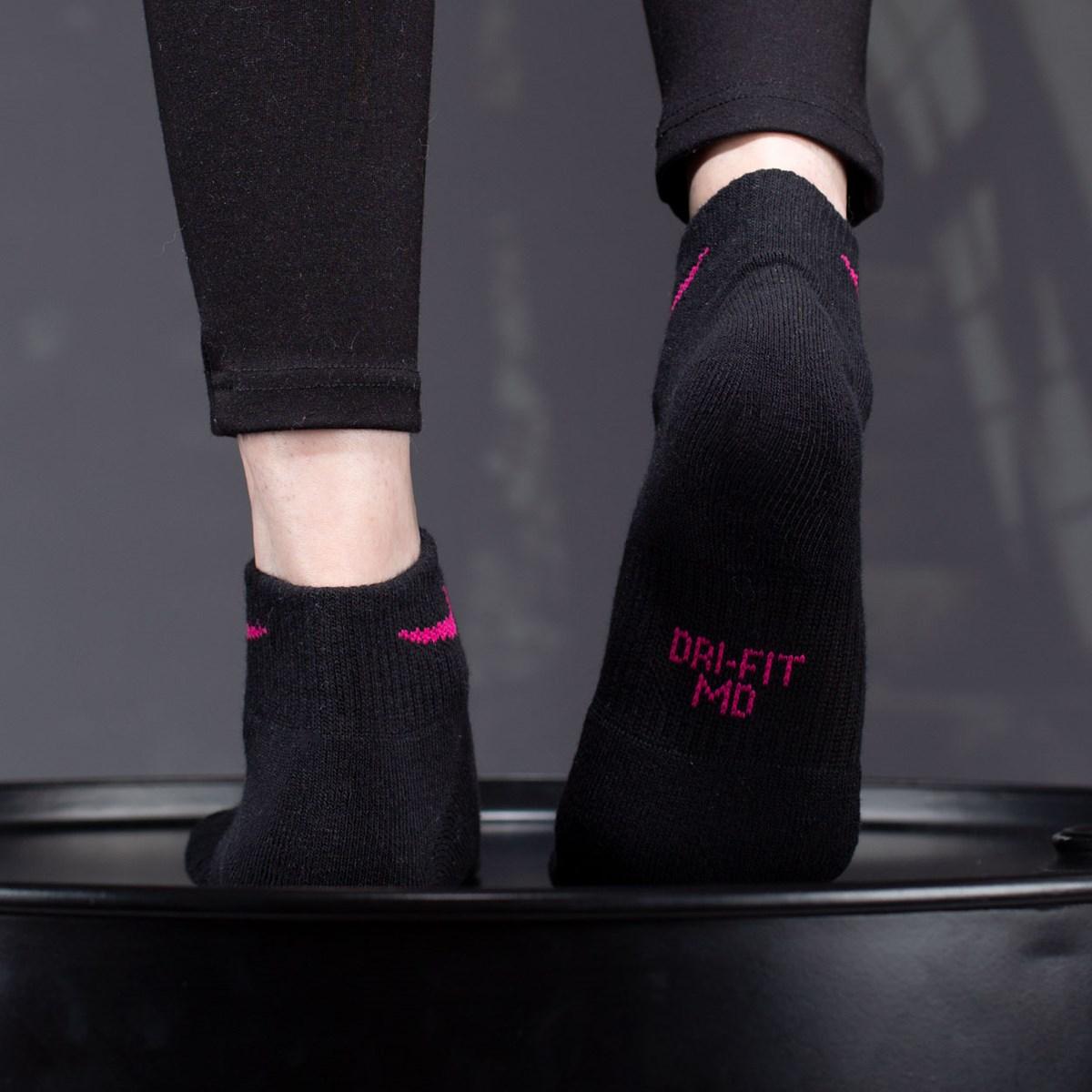 Meia Nike Feminina Everyday Cushioned Ankle Kit 3 Pares Black SX7180-913