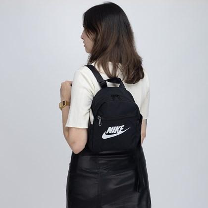 Mini Mochila Nike Futura 365 Black White CW9301-010