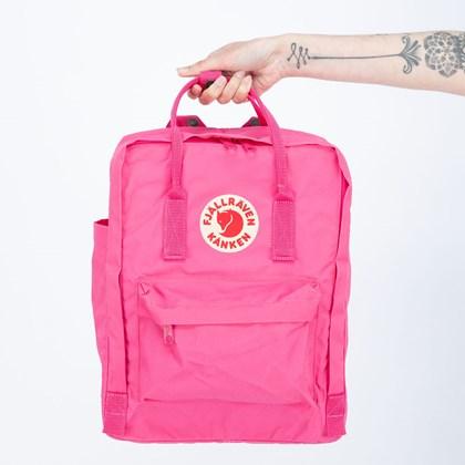 Mochila Fjällräven Kånken Clássica Flamingo Pink F23510450