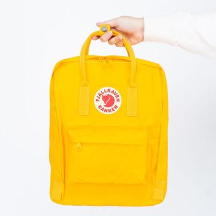 Mochila Fjällräven Kånken Clássica Warm Yellow F23510141