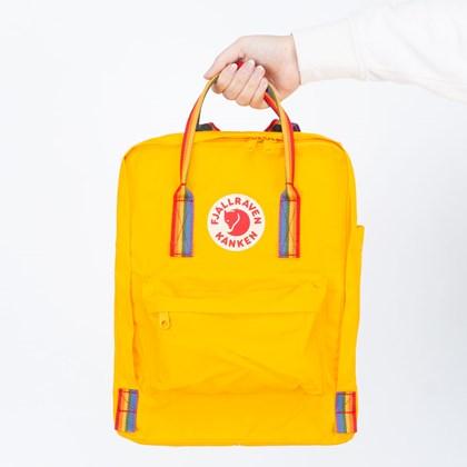 Mochila Fjällräven Kånken Rainbow Warm Yellow Rainbow Pattern F23620141907