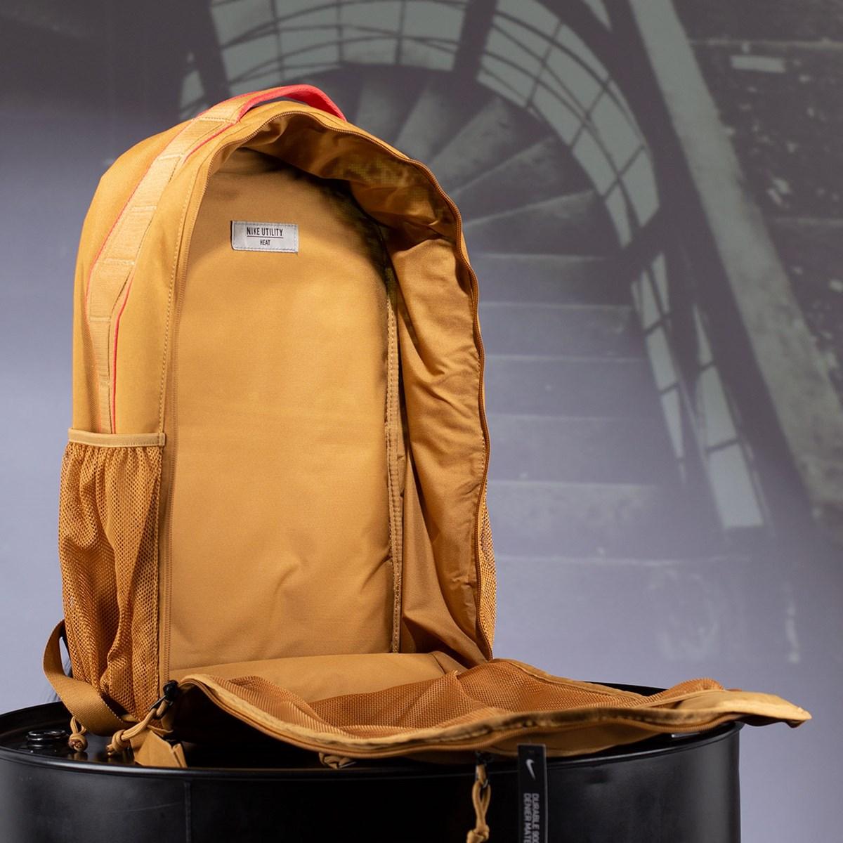 Mochila Nike Utility Heat Brown CK2674-790