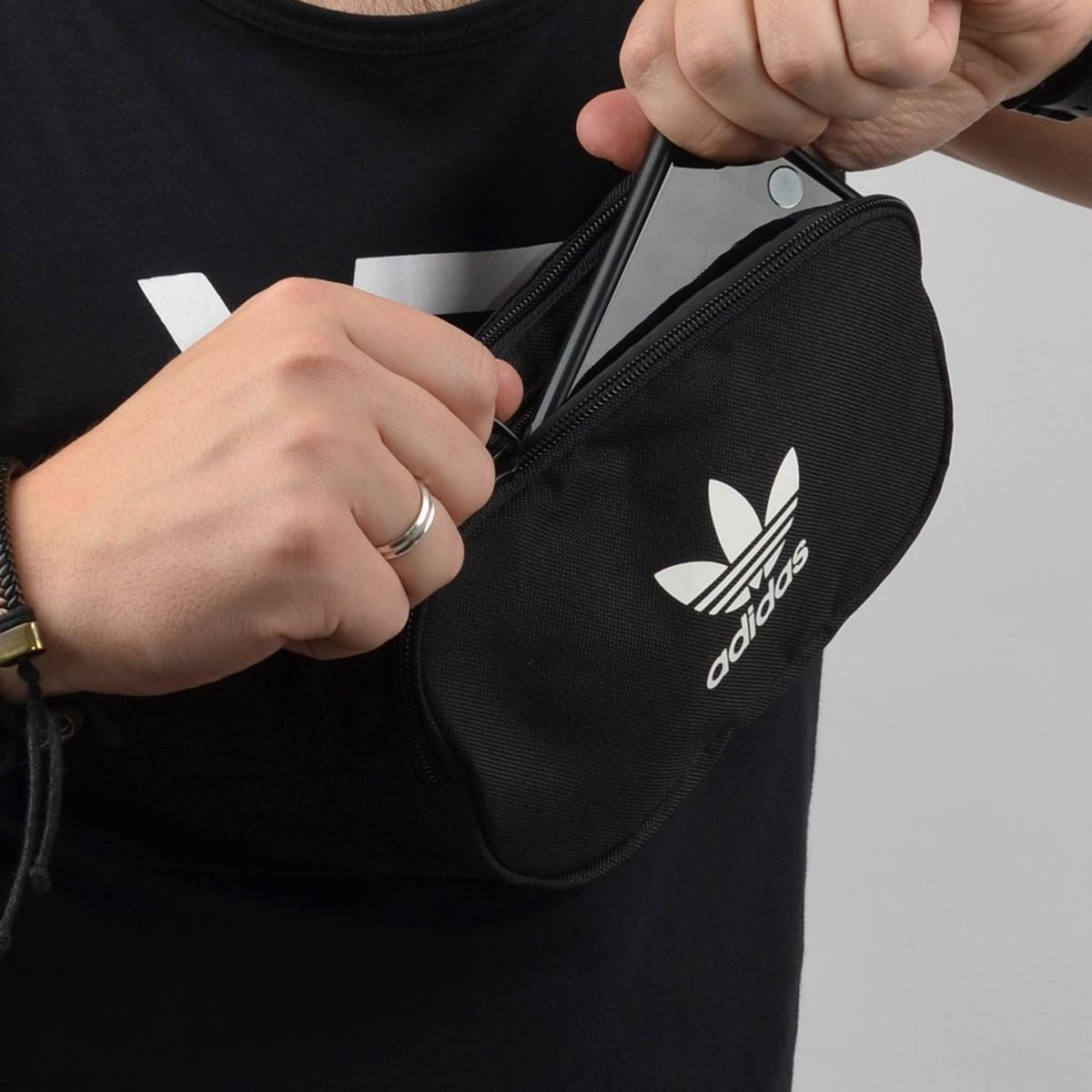Pochete Adidas Essential Cbody Preto DV2400