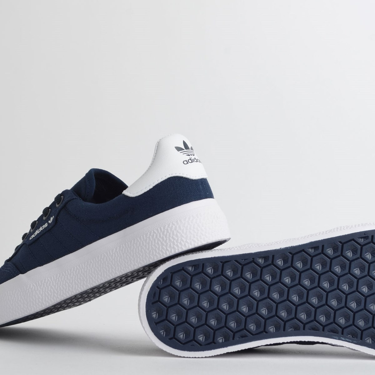 Tênis Adidas 3MC Collegiate Navy B22707