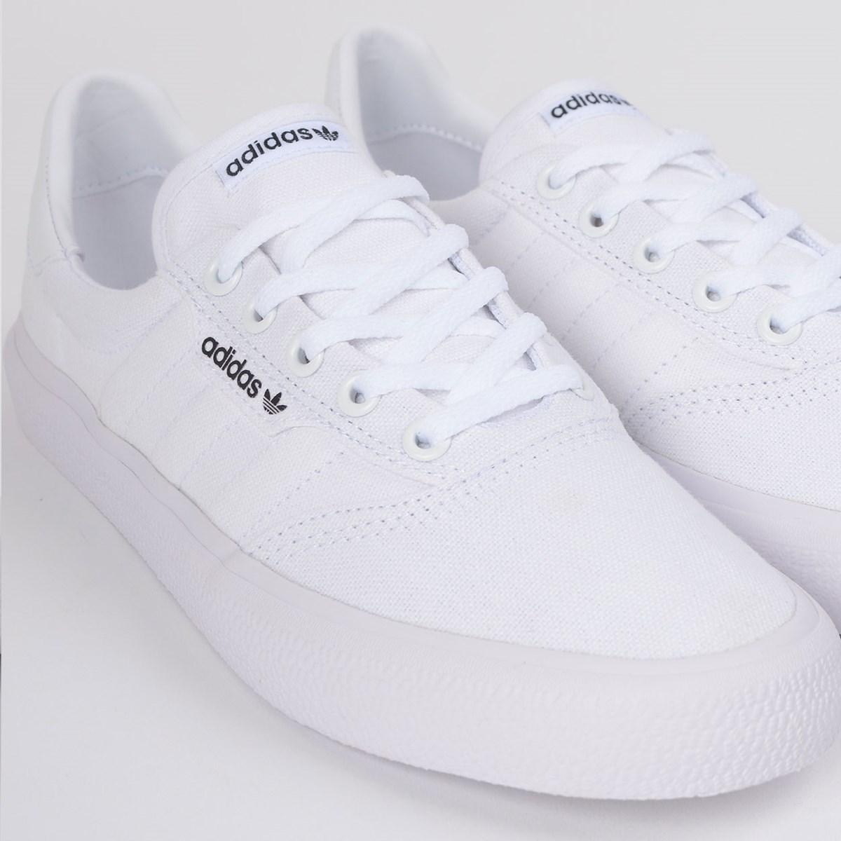 Tênis Adidas 3MC Vulc Branco Branco B22705