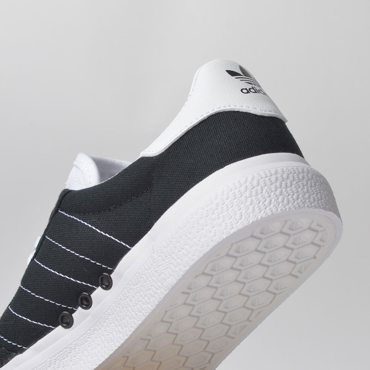 Tênis Adidas 3MC Vulc Preto Branco EE6090