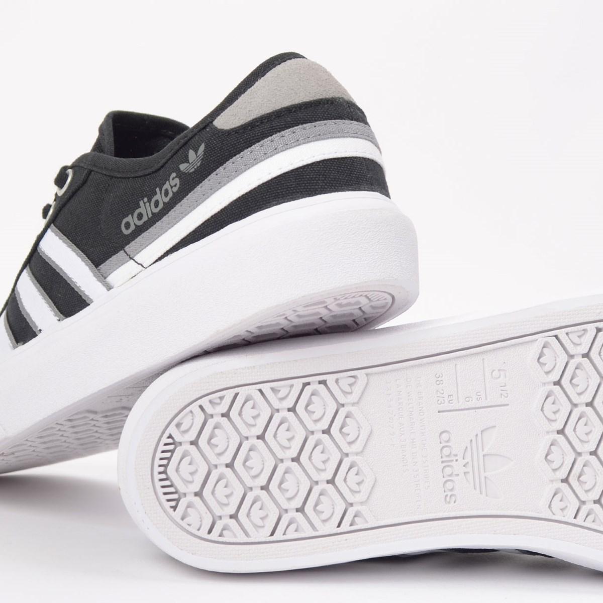 Tênis adidas Delpala Core Black Ftwr White FW4240