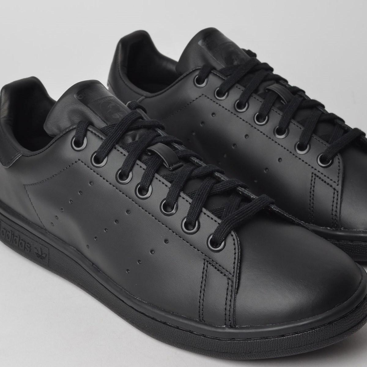 Tênis Adidas Stan Smith Preto Preto CI9172