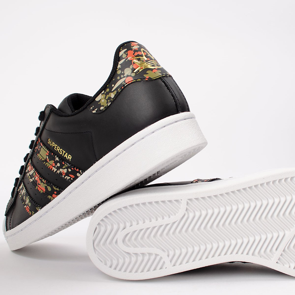 Tênis adidas Superstar Core Black FX5539