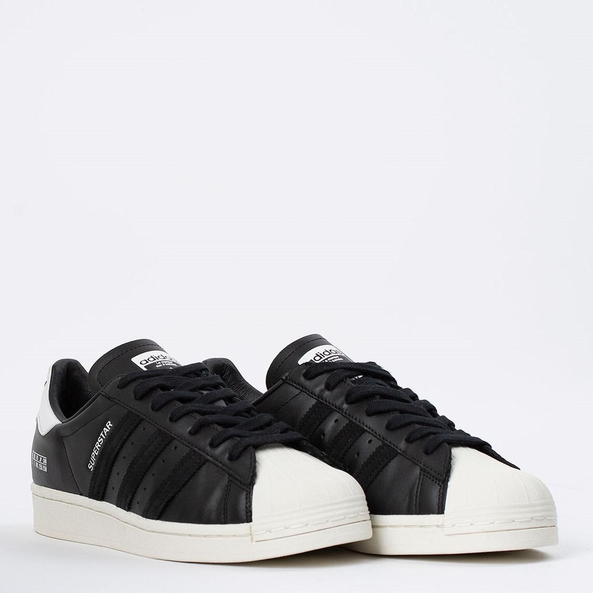 Tênis adidas Superstar Core Black Off White FV2809