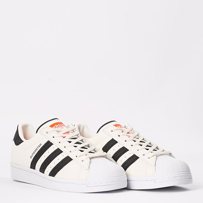 Tênis adidas Superstar Talc Core Black FU9530