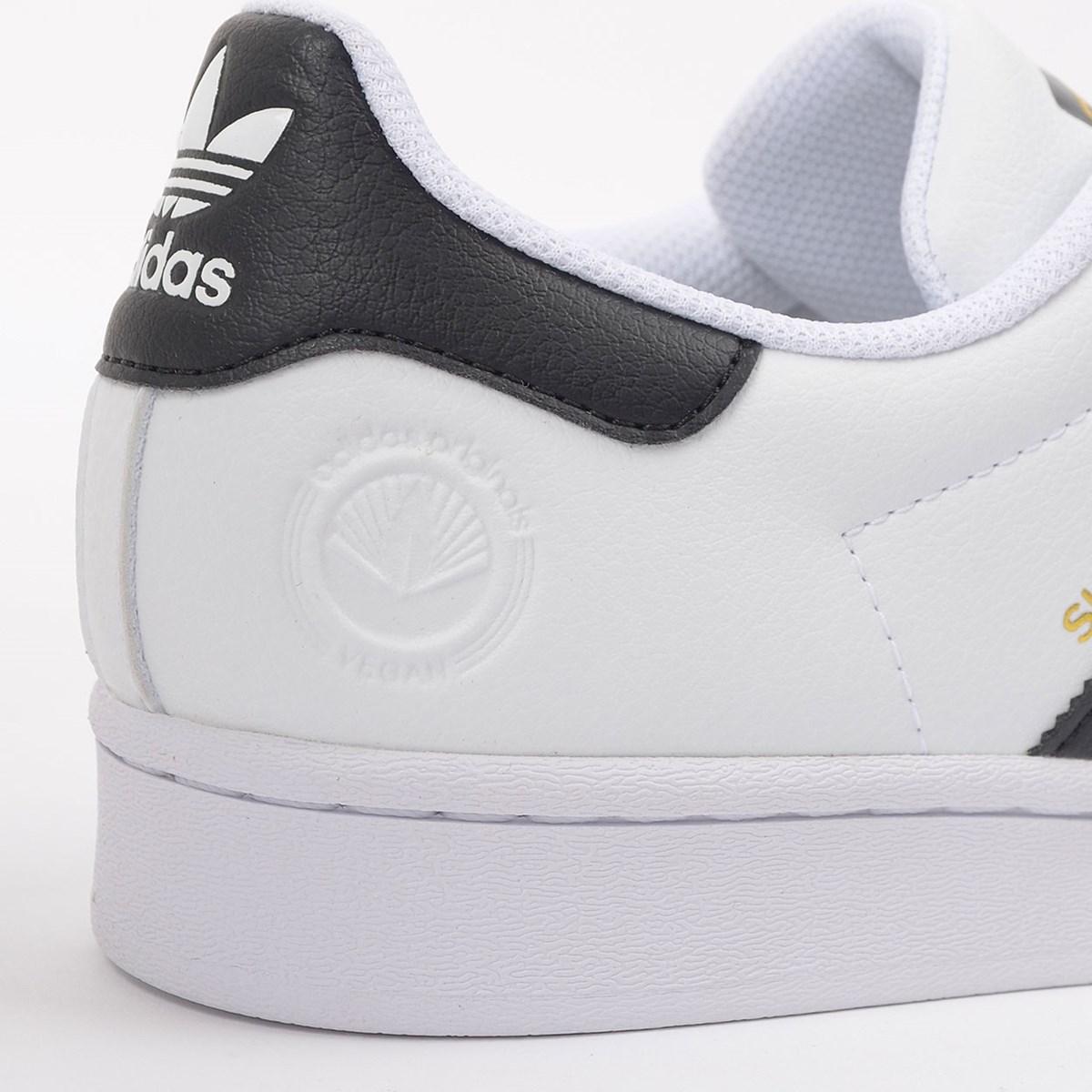 Tênis adidas Superstar Vegan Ftwr White Core Black FW2295