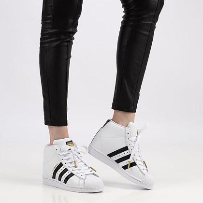 Tênis adidas Supertar Up Cloud White Core Black FW0118