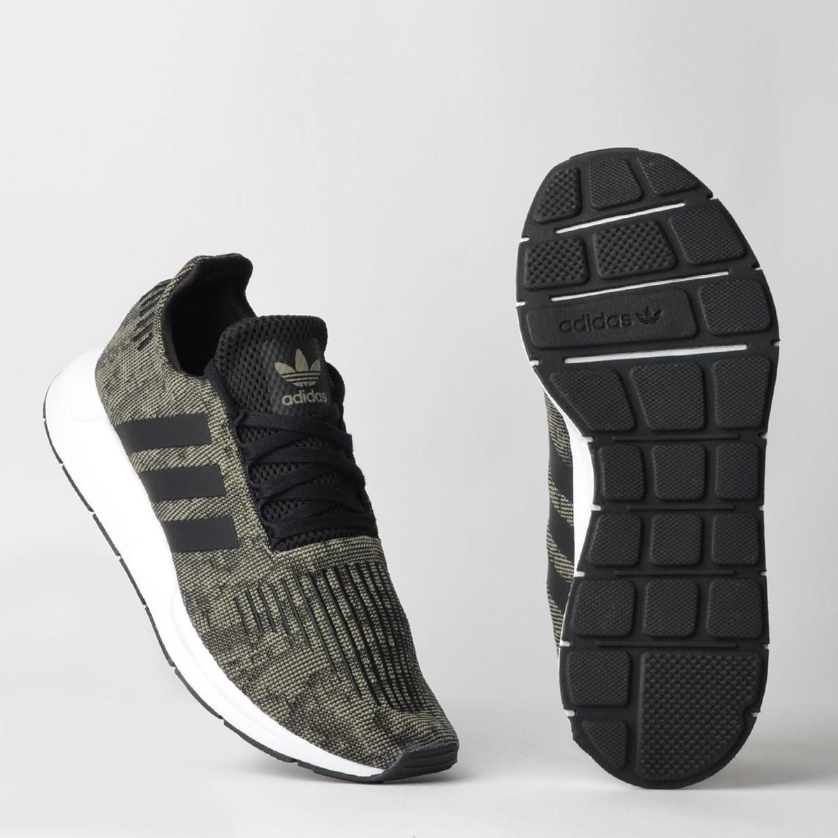 Tênis Adidas Swift Run Preto Cinza EE7214