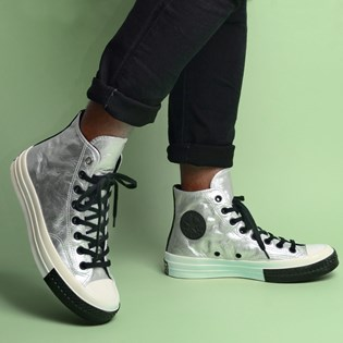 Tênis Converse Chuck 70 Hi Flight School Silver Black 165050C