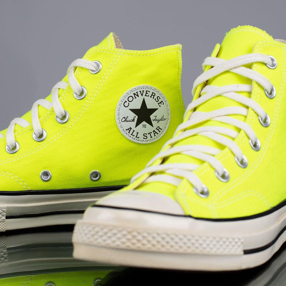 Tênis Converse Chuck 70 Hi Verde Fluor Preto CT15480001