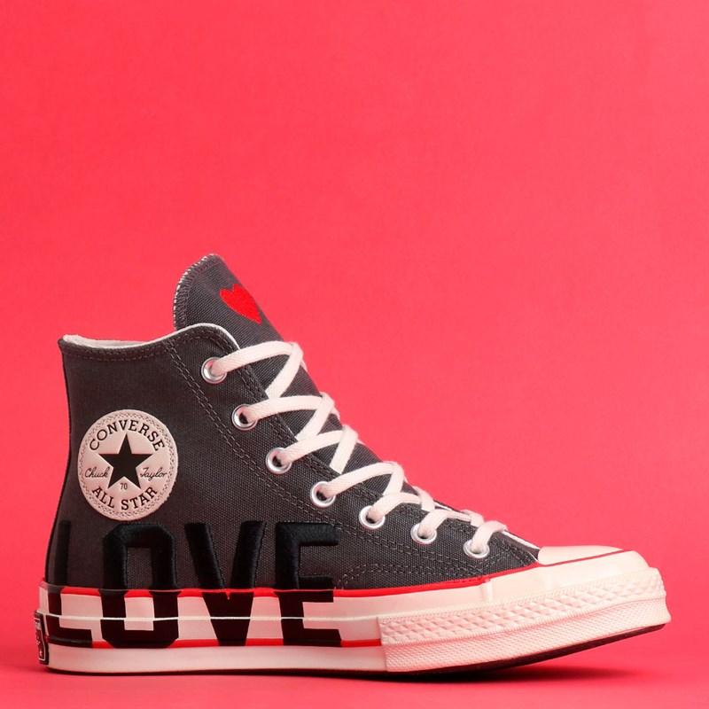 Tênis Converse Chuck 70 Love Fearlessly Hi Thunder Grey University Red 567153C