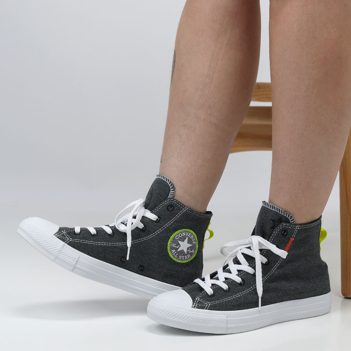 Tênis Converse Chuck Taylor All Star Renew Hi Black Lemon Venom 168595C