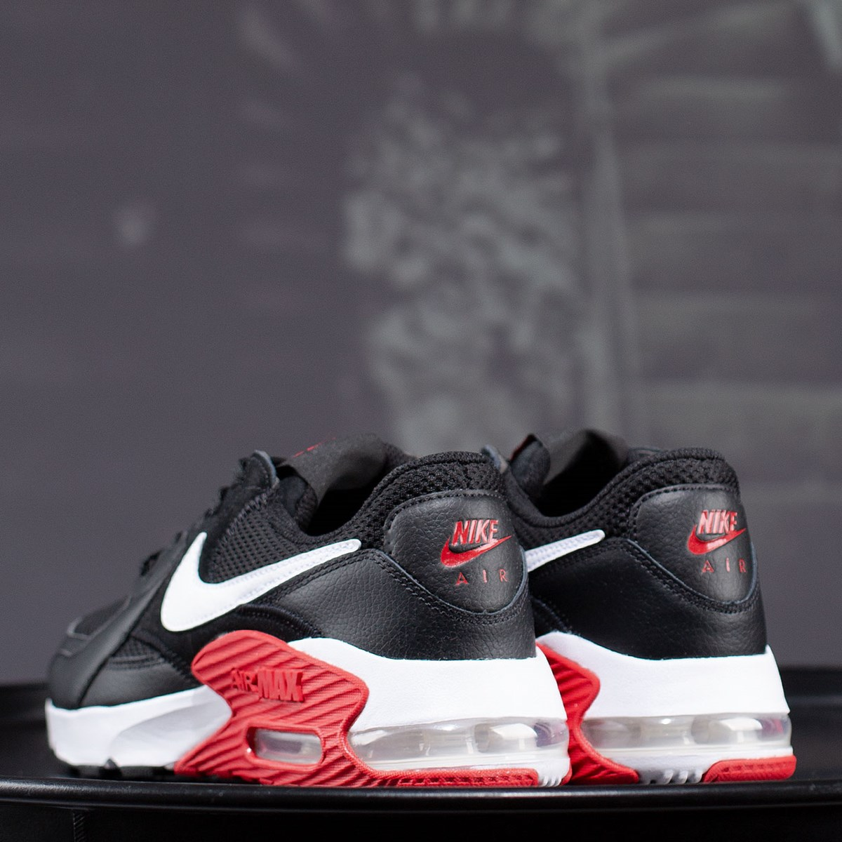 Tênis Nike Air Max Excee Black White University Red CD4165-005