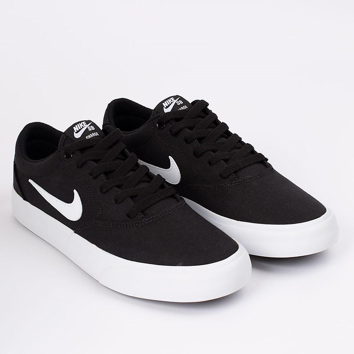 Tênis Nike SB Charge SLR Black White CD6279-002