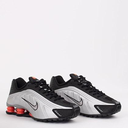 Tênis Nike Shox R4 Preto Prata 104265-058