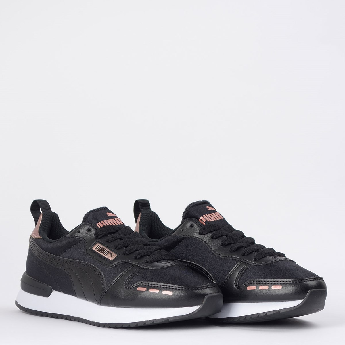 Tênis Puma R78 Metallic Black Rose Gold 37473901