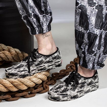 Tênis Vans Authentic Opening Ceremony Leopard Checkerboard VN0A348A43M