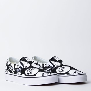 Tênis Vans Classic Slip On Skulls Black True White VN0A38F7H0B