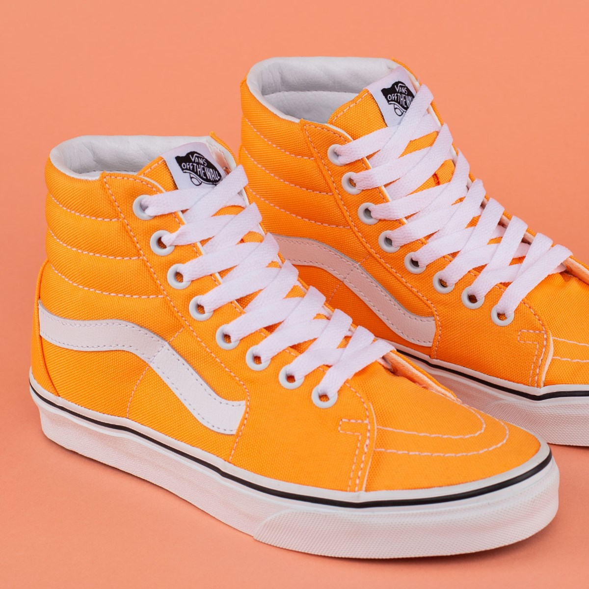Tênis Vans Sk8 Hi Neon Blazing Orange True White VN0A4U3CWT4
