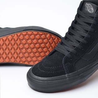 Tênis Vans Sk8 Hi Reissue UC Made For The Makers Black Black VN0A3MV5QBX