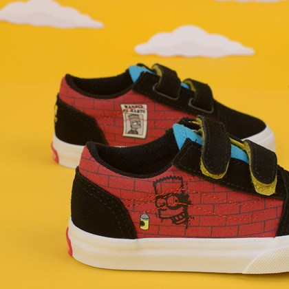 Tênis Vans The Simpsons Old Skool V Baby El Barto Black Red VN0A38JN17A