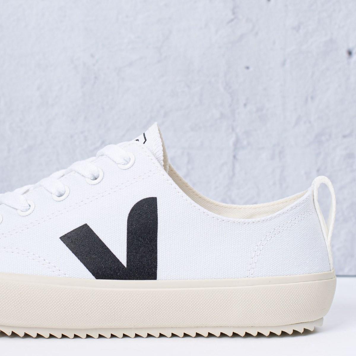 Tênis Vert Shoes Nova Canvas White Black NA011537