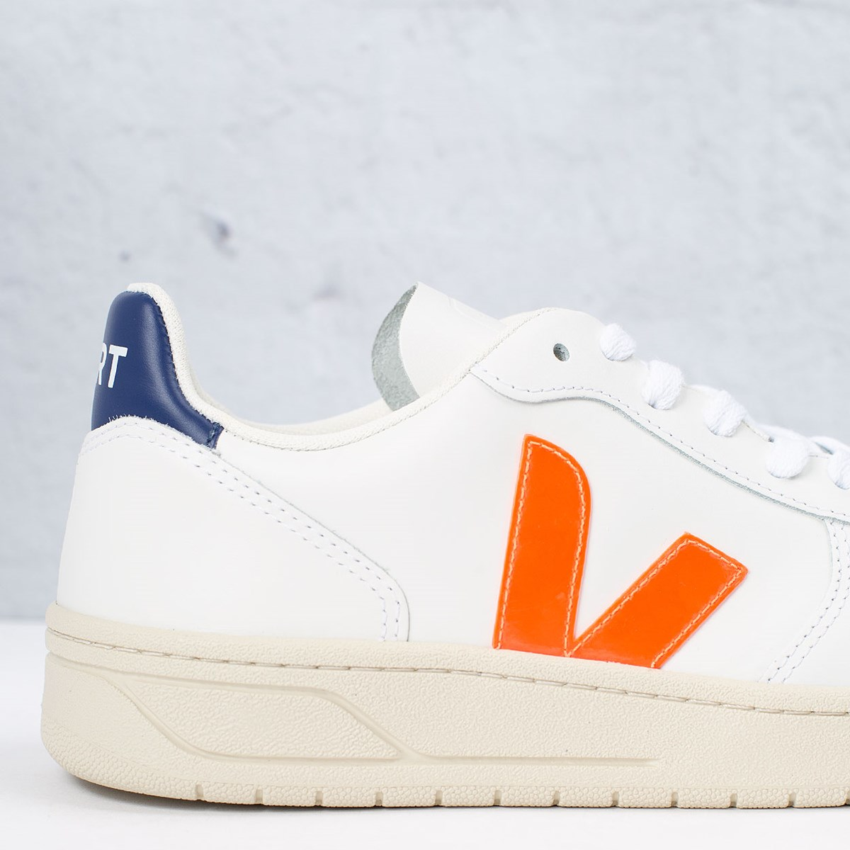 Tênis Vert Shoes V-10 Leather Extra White Orange Fluo Cobalt VX022136